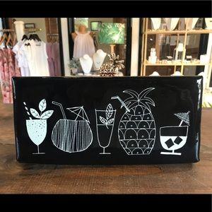 Kate Spade ♠️ Black Patent Pineapple 🍍 Clutch
